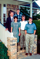 President David A. Bednar and his Family posing for a portrait in Arkansas